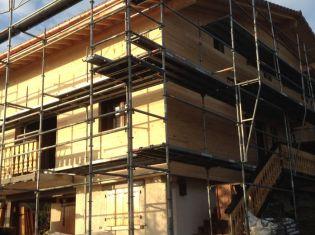 Extension et surélévation d'une maison bois, isolation par l'extérieur en toiture et en mur